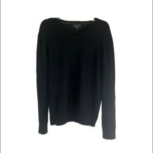 Banana Republic Black V-Neck Sweater Size Large